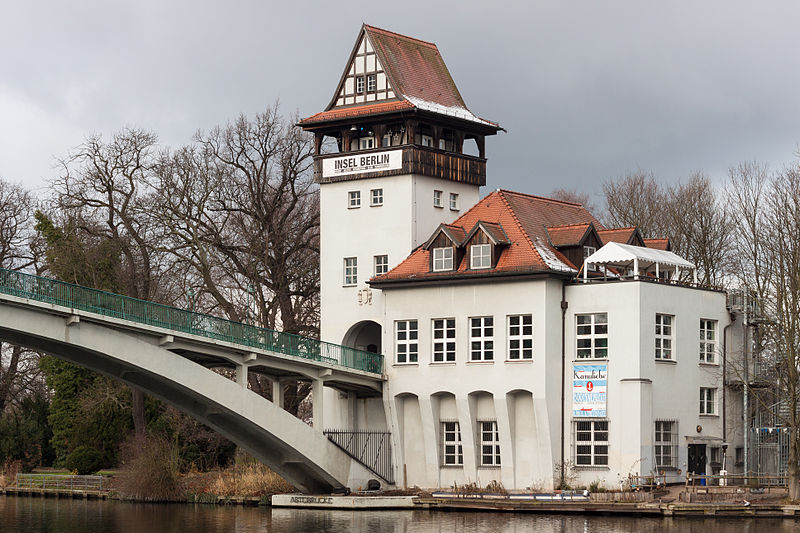 800px-Kulturhaus_Insel_Berlin